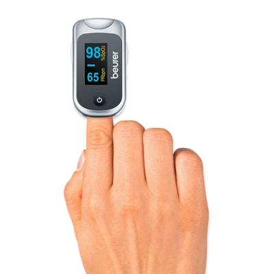 Image of the Beurer PO 40 Pulse Oximeter on a finger during use