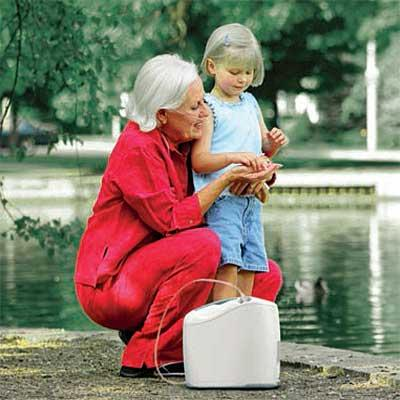 Inogen One G2 Oxygen Concentrator in outdoor use