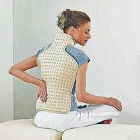 Image of a lady with Beurer Special Heat Pad